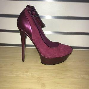 Bakers magenta heels 7